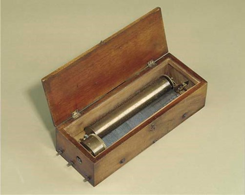 A sectional-comb musical box