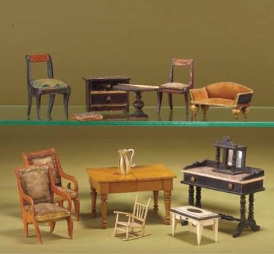 Dolls' house furniture
