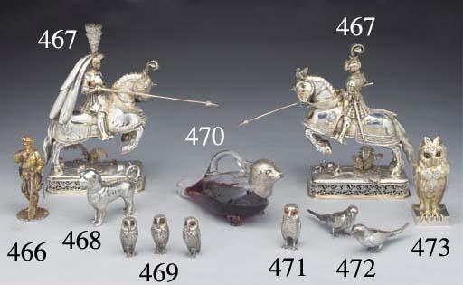 A Victorian Silver-Gilt Inkwel
