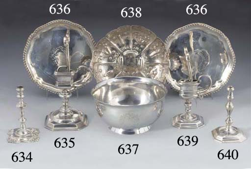 A William III Silver Snuffers