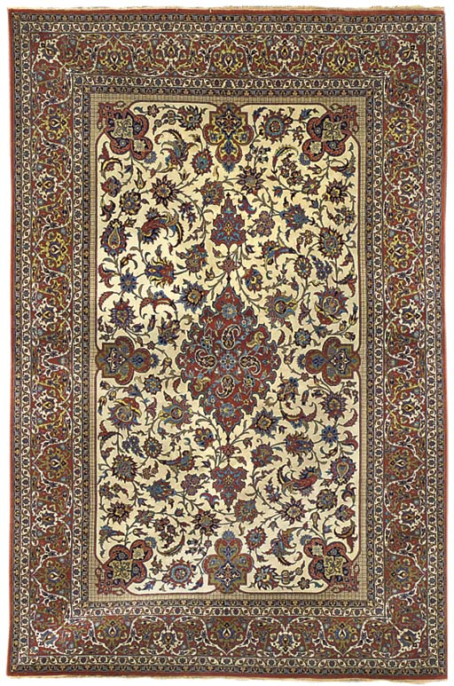 A very fine Isfahan carpet, Ce