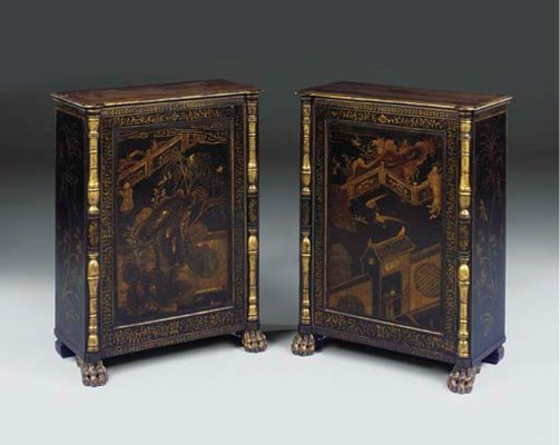 A PAIR OF BLACK GILT LACQUER A