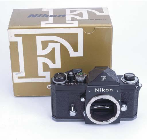 Nikon F no. 7429042