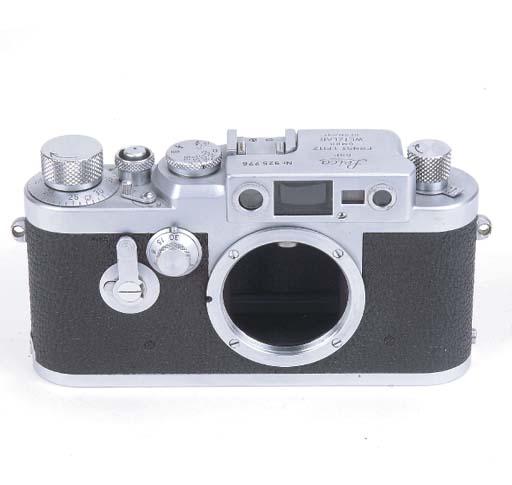 Leica IIIg no. 925776
