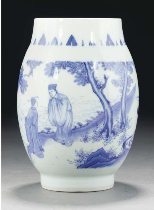 A blue and white ovoid vase, Transitional