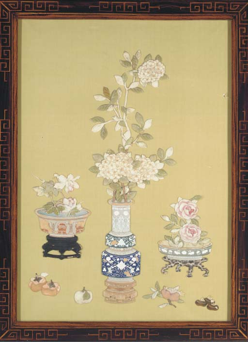 A large Chinese silk picture, 19th century
