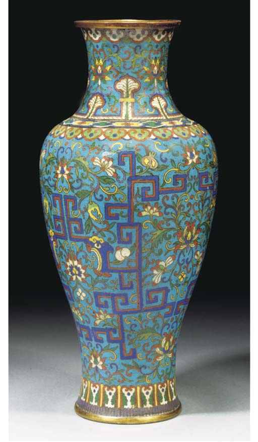 A cloisonne vase, 18/19th Century
