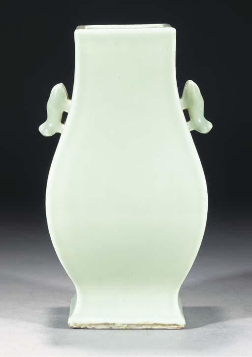 A square section celadon glaze