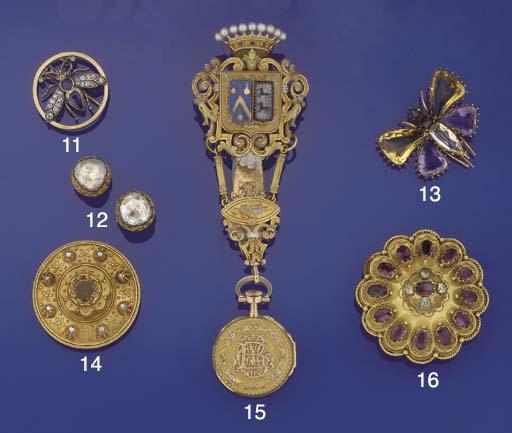 A Victorian gold, garnet and c