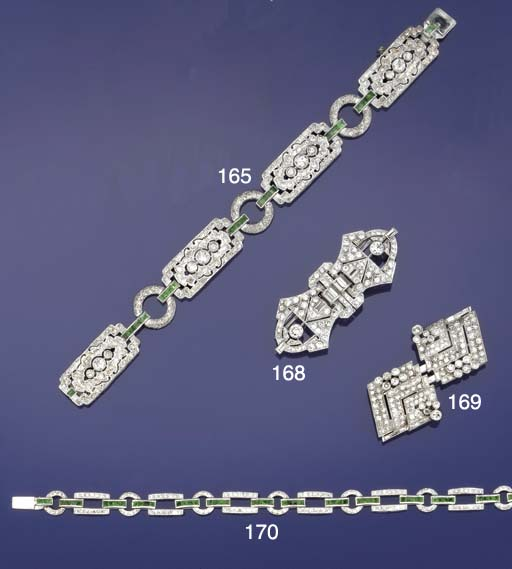 A diamond double clip brooch