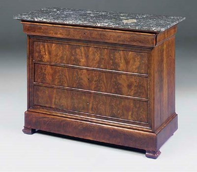 A LOUIS PHILIPPE MAHOGANY COMM