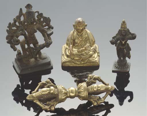 A Tibetan bronze vajra, 18th c