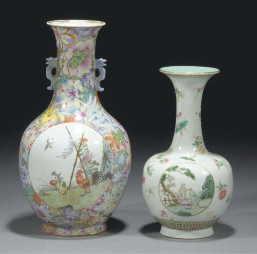 A Chinese famille rose bottle vase, 19th/20th century
