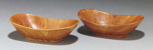 A pair of Chinese faux bois di
