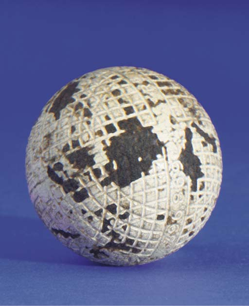 A MESH-PATTERN GUTTY GOLF BALL