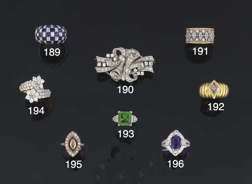 A diamond double clip brooch