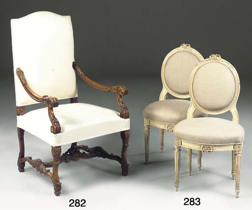 A PAIR OF WHITE PAINTED SIDE CHAIRS