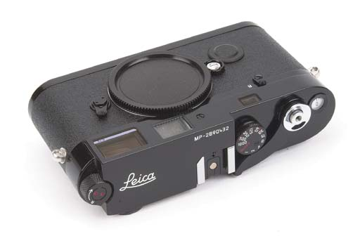 Leica MP no. 2890432