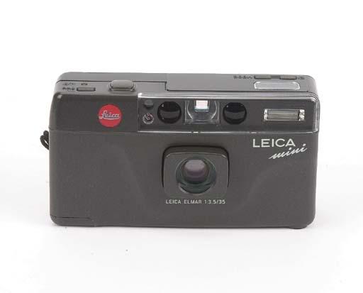 Leica Mini no. 1800675