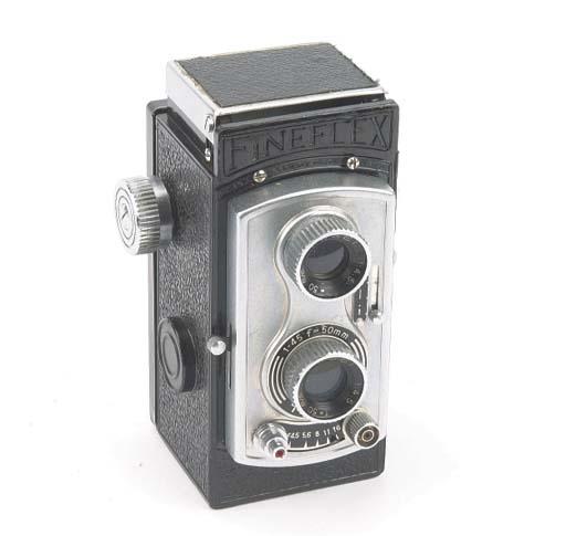 Fineflex TLR camera