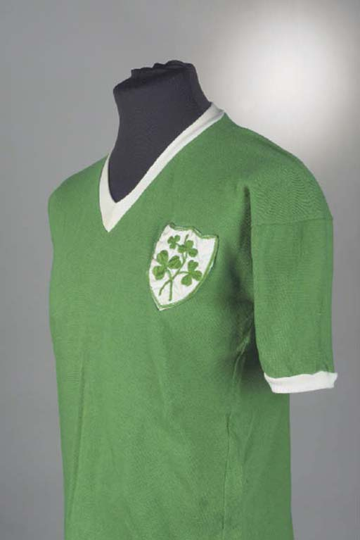 A GREEN FOOTBALL LEAGUE OF IRE
