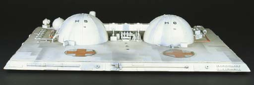 Space 1999: a model set of a r