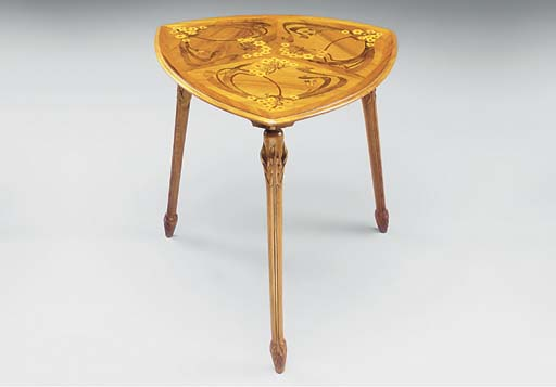 A CARVED WALNUT AND MARQUETRY