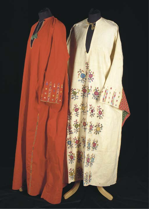 An embroidered robe of ivory c
