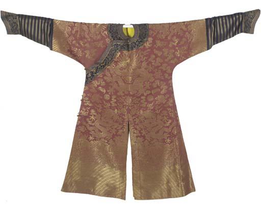 A formal court robe (chi'fu) o