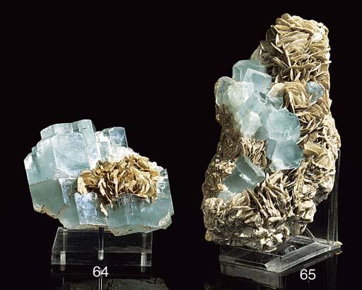 An aquamarine crystal specimen