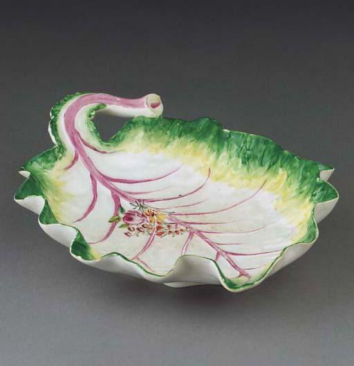 A Chelsea leaf-shaped dish
