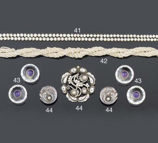 A two strand pearl necklace