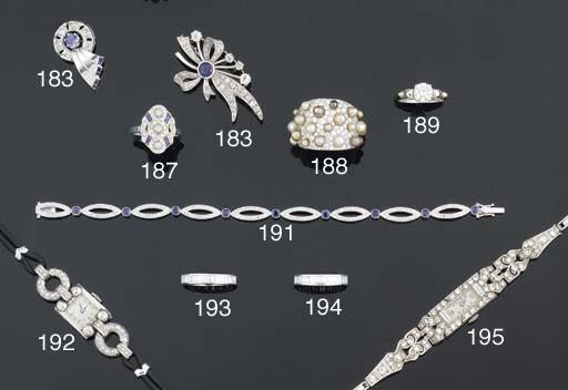 A delicate diamond and sapphir