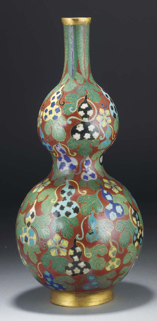 A Chinese cloisonne double gou