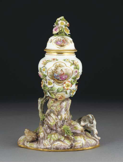 A Meissen pot-pourri vase and