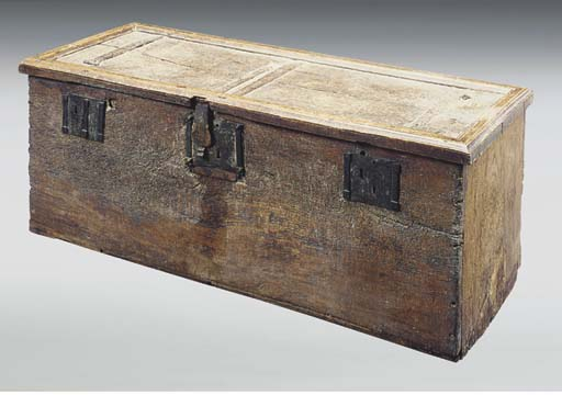 AN ENGLISH OAK BOARDED CHEST