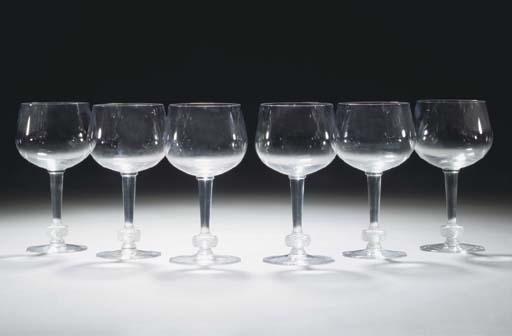 TWENTY-FOUR POST-WAR GLASSES