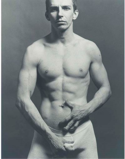 ROBERT MAPPLETHORPE (1946-1989