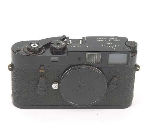 Leica M2 no. 1031831