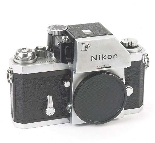 Nikon F no. 6942179
