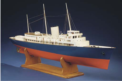 A live steam RADIO-CONTROLLED model of the Royal Yacht Britannia