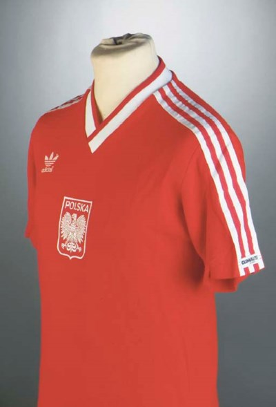 A RED AND WHITE POLAND INTERNA