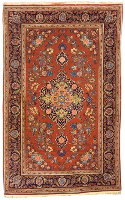 A fine Kashan rug, Central Per