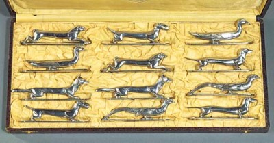 A FRENCH CASED SET OF TWELVE A