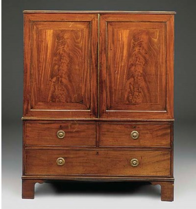 A MAHOGANY LINEN PRESS