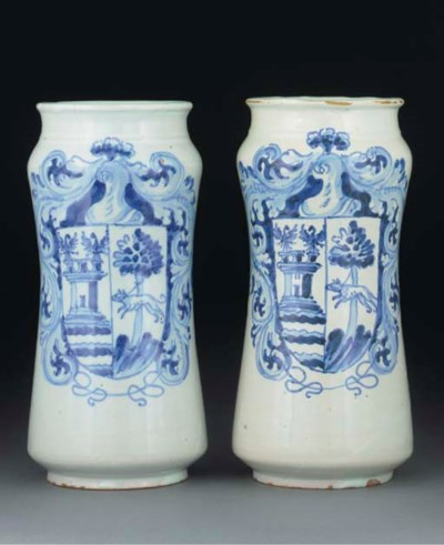 Two Spanish maiolica blue and