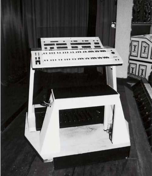 A Yamaha Electone Organ,