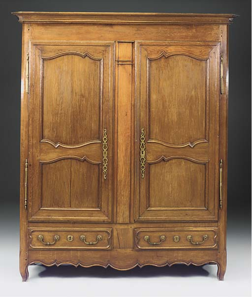 A FRENCH OAK AND CHESTNUT ARMO