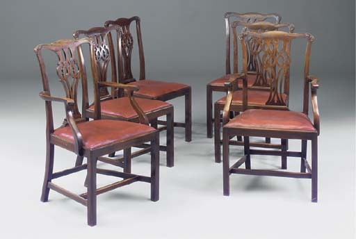 A SET OF SIX MAHOGANY DINING C