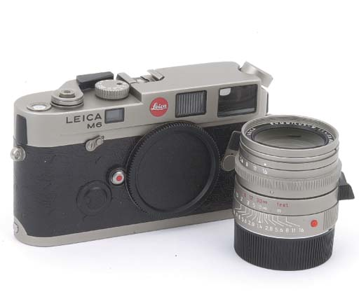 Leica M6 Titanium no. 2418343